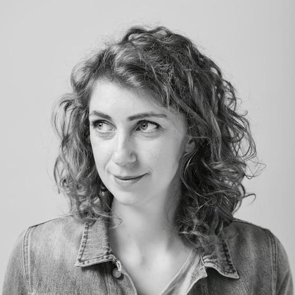 Lindsay writer | Anna Snoekstra