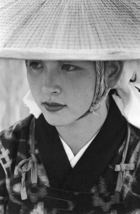 Lindsay Photo Essay | Ihei Kimura's Intimate Observations | Oumagari, Akita,1953. Photo by Ihei Kimura.