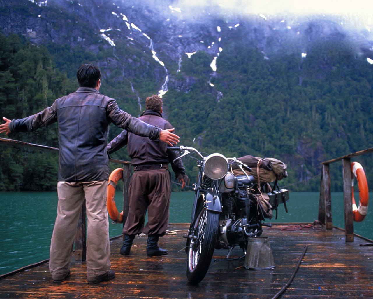 Lindsay Film Review | Che Guevara's Political Awakening in 'The Motorcycle Diaries'