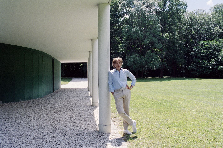 Nicolas Godin photographed Camille Vivier